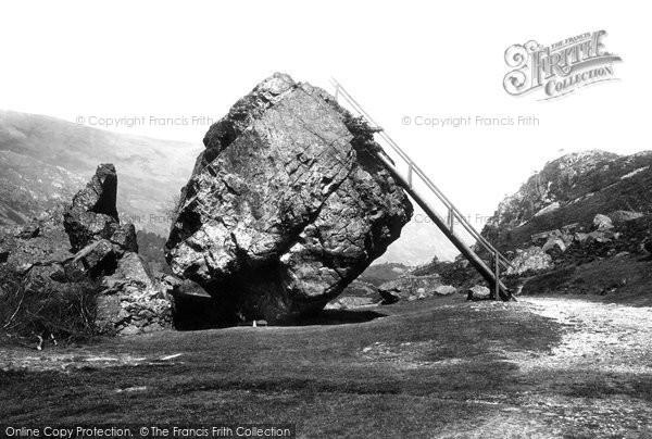 Borrowdale, The Bowder Stone 1893