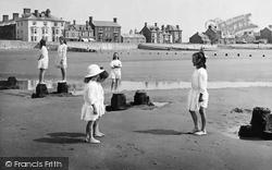 Borth, Children On The Beach 1922