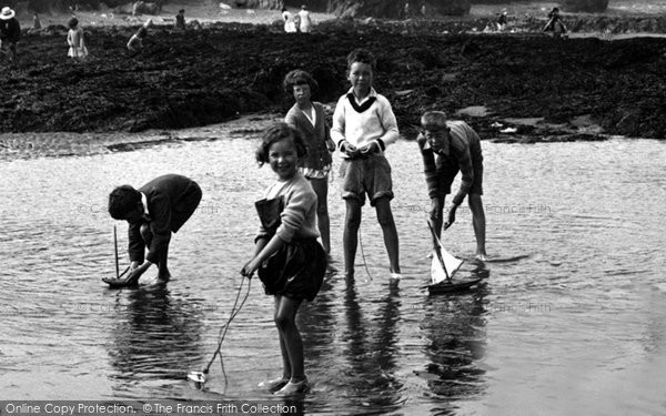 Borth, Children On The Sands 1930