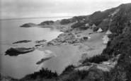 Borth-Y-Gest, Garreg Goch Cove 1925