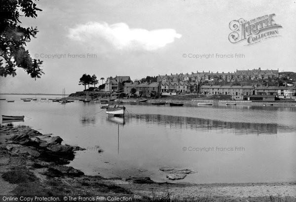 Borth Y Gest, Harbour 1937