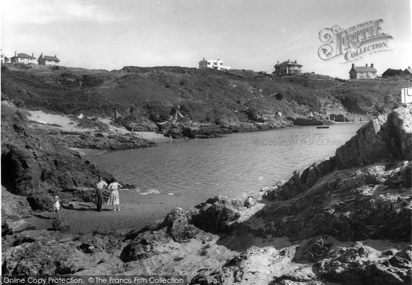 Borth Y Gest, The Beach And Rocks c.1955