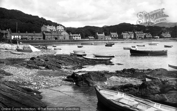 Borth Y Gest, The Harbour 1935