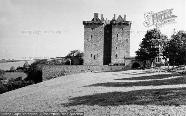 Borthwick Castle photo
