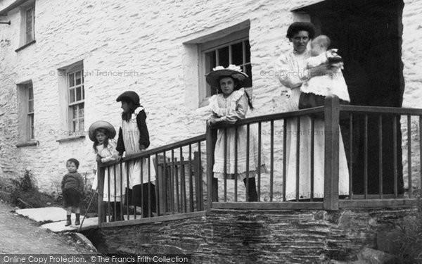 Boscastle, A Village Family 1906