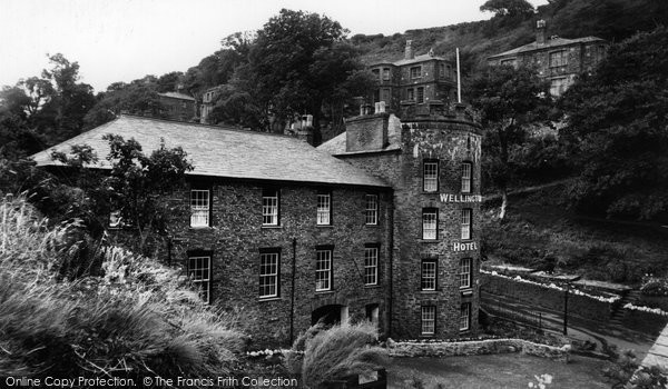Boscastle, The Wellington Hotel c.1960