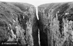 Bosherston, Huntsman's Leap c.1955