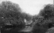 Boston Spa, Jackdaw Crag Across River 1895