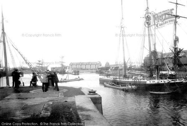 Boston, The Docks 1899