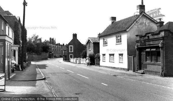 Botley, High Street c.1960