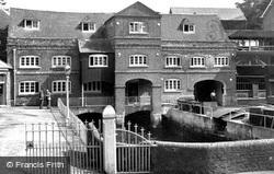 Botley, The Mills c.1950