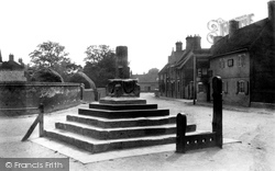 The Cross And Stocks 1904, Bottesford