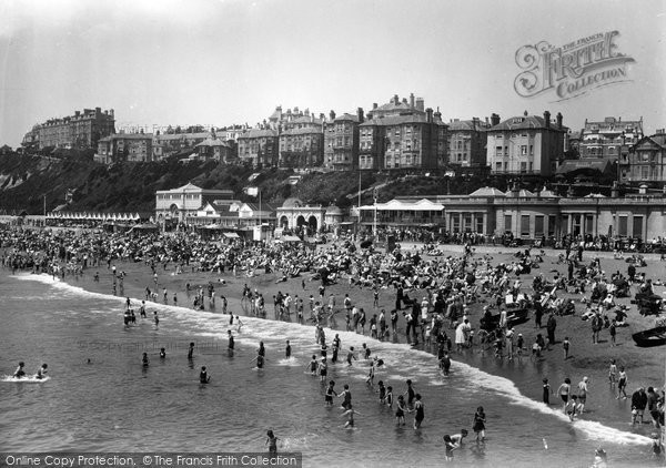 Bournemouth, Beach 1933