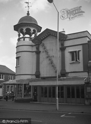 Bournemouth, Wimborne Road, Plaza-Aka-Continental Cinema c.1975