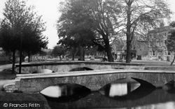 The Bridges c.1950, Bourton-on-The-Water