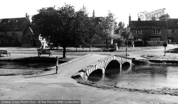 Bourton On The Water, The River Windrush c.1965