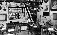 Bourton-on-The-Water, The Studio Café c.1955