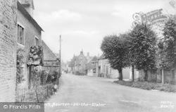 Village Street c.1935, Bourton-on-The-Water