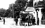 Bovey Tracey, Coach For The Moors 1907