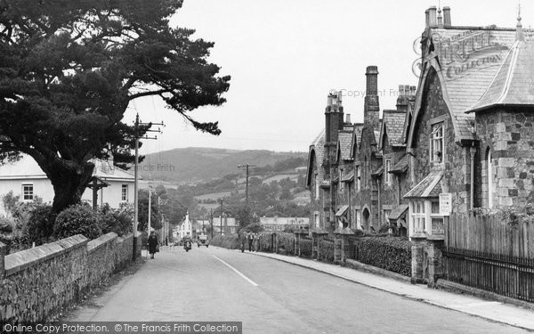 Bovey Tracey, Entering The Village c.1955