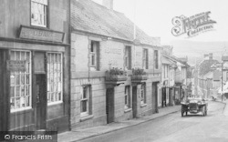 Bovey Tracey, Heavitree Arms, Fore Street 1931