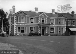 The Dolphin Hotel c.1950, Bovey Tracey