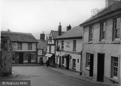 Town Hall Place c.1950, Bovey Tracey