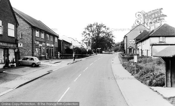 Bovingdon, High Street c.1965