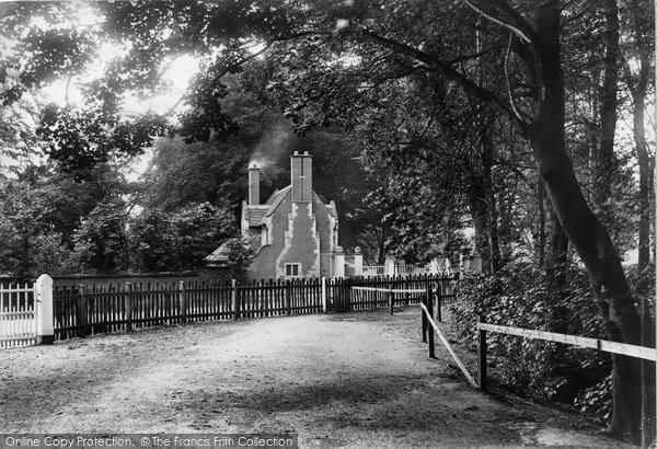 Bowdon, Dunham Park Lodge 1907