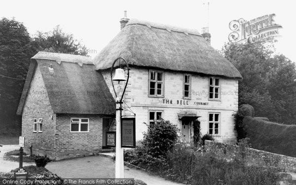Bowerchalke, The Bell Inn c.1945
