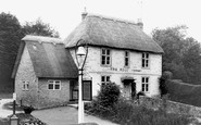 Bowerchalke, The Bell Inn c.1945