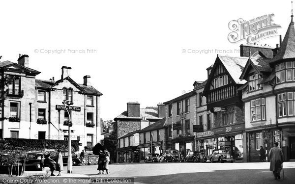 Bowness-On-Windermere, St Martin's Square c1955.  (Neg. B166012)  � Copyright The Francis Frith Collection 2008. http://www.francisfrith.com