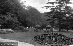 Burford Bridge Hotel Gardens 1931, Box Hill