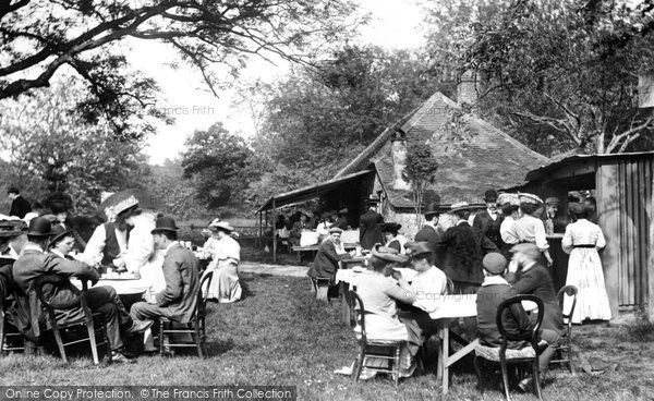Box Hill, on Bank Holiday, Tea House 1906