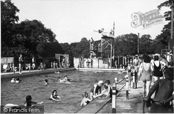 Upper Farm Bathing Pool c.1955, Box Hill
