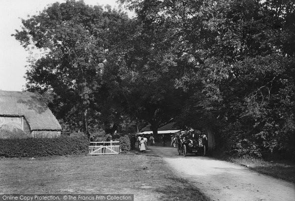 Box Hill, Upper Farm On Bank Holiday 1906