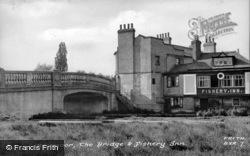 The Bridge And Fishery Inn c.1960, Boxmoor