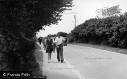 Bracklesham, Road To The Beach c.1955, Bracklesham Bay