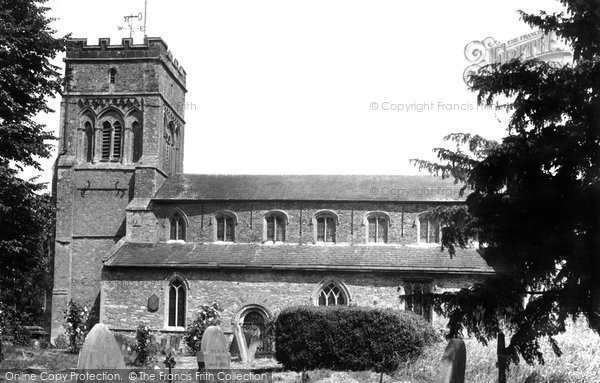 Photo of Brackley, St Peter's Church c1955