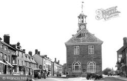 Town Hall c.1950, Brackley