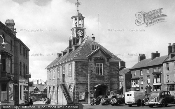Brackley, Town Hall c.1955