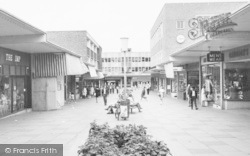 Bracknell, Shopping In The Crossway c.1965