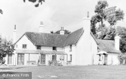 Bracknell, The Downshire Arms (Xivth Century) c.1955