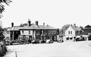 Bracknell, the Market Inn 1951
