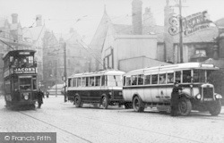 Bradford, Buses In Thornton Road c.1930