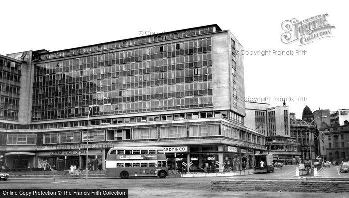 Photo of Bradford, Forster Square c.1965