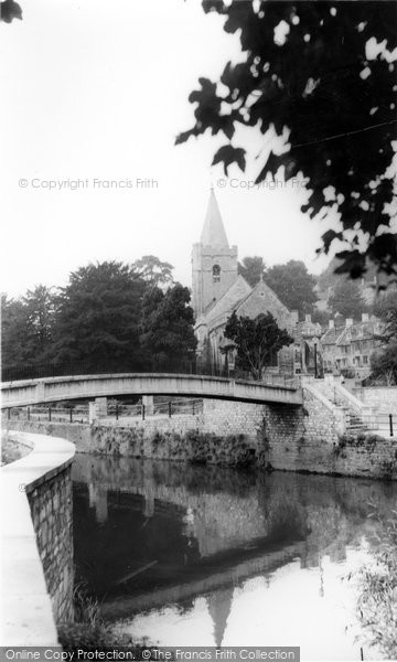 Bradford On Avon, Footbridge And Holy Trinity Church c.1955