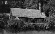 Bradford-on-Avon, Old Cottage 1914