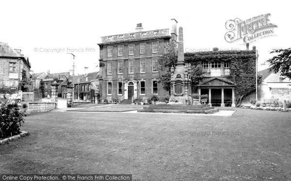 Bradford On Avon, The Memorial And Westbury House c.1955