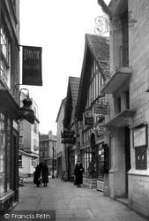 Bradford-on-Avon, The Shambles c.1945